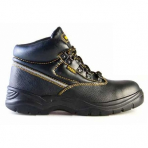 Rebel chukka boots Image